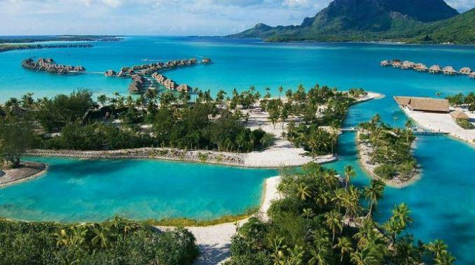 Bora-Bora-French-Polynesia-Most-Beautiful-Islands-2017