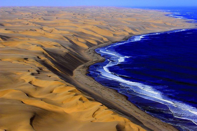 Namib Desert, Namibia.jpg