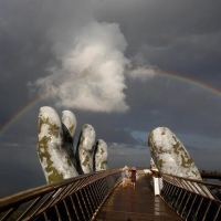 """Golden Bridge"" in Vietnam rest in Hands makes it Unicorn"